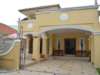 beautiful large 2 story villa in Jomtien, Pattaya