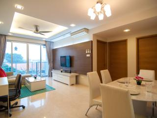 Clementi WCW 3BR Serviced Apartment, Singapura