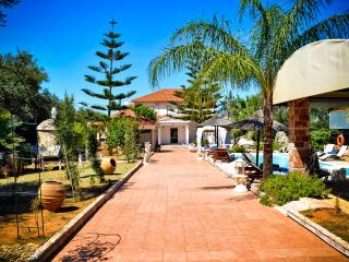 Luxury Villa with Private Pool, Zakynthos Town