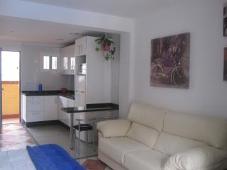 Loft muy amplio y confortable, wifi, Torremolinos