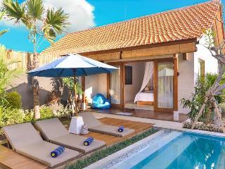 Five Star Luxury Taman Surf Villas - Berawa Beach