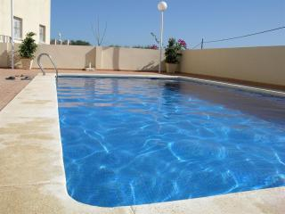 Patio - Free WiFi - Pool - BBQ - 7507, Los Nietos