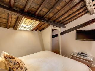 FLAT 13 - NEW OPENING SPECIAL!, Rome