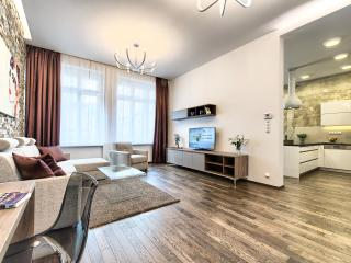 Old Town - Superior 2bdr | Krizovnicka Apartments, Praga