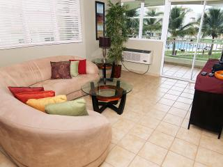 #13 Beachfront Apt: 2BR, 2BA / With Power, Water & Internet