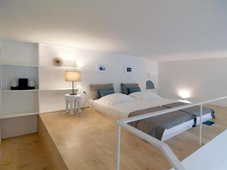 205 FLH Porto Modern Flat