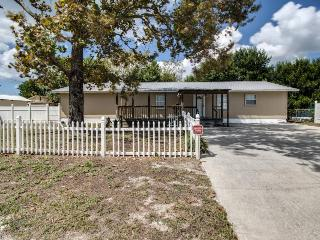 Spacious, dog-friendly home with a large yard and close beach access!, Panama City Beach