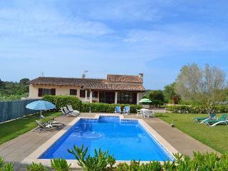 129 Muro Cozy villa in a very quiet location, Playa de Muro