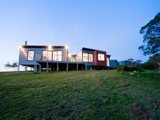 Elevated Plains Retreat 1, Hepburn Springs