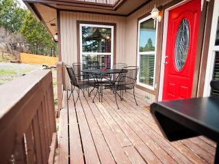 New Listing! Sumptuous 2BR Ruidoso Condo w/Gas Grill, Private Patio & Beautiful Views - Easy Access to Outdoor Activities, Shopping, Restaurants & More!