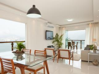 Spacious 3 Bedroom Apartment with Great Views in Lagoa, Río de Janeiro