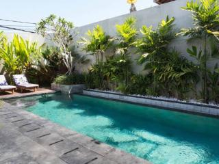 2BR Villa near Batu Belig Beach, Seminyak
