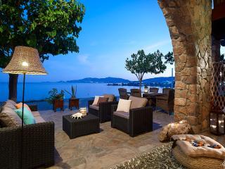 Charaki Paradise Villa