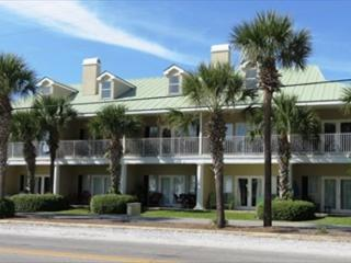 Caribbean Dunes 203, Just steps to the beach!, Destin