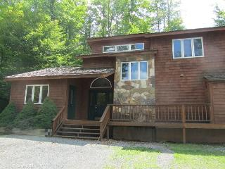Super comfortable, clean and affordable. Fern Hill-perfect vacation location., Canaan Valley