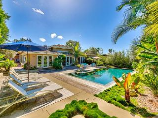 Amazing La Jolla Shores home w/ private infinity pool, spa, and tennis court