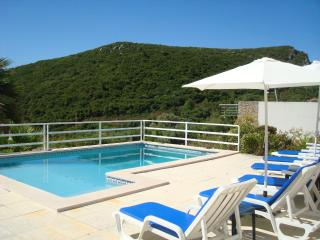 A Stunning Sea View Villa with Swimming Pool sleeps up to 8, Sesimbra.