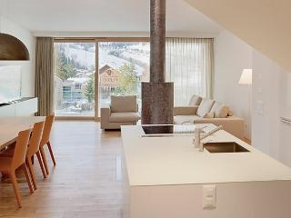 Suite 07-03, Flims