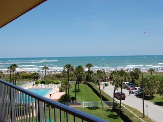 5th floor oceanfront Condo, Cocoa Beach