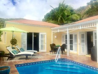 Tropic Jewel- Upscale Private Pool Villa, Teague Bay