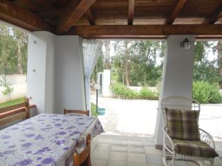 Casa al mare con ampio giardino ad uso esclusivo, Cala Liberotto