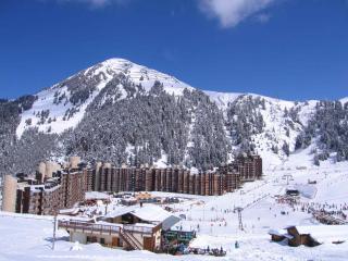 3 x 6 bed Aparts in Plagne Bellecote sleep 3-18