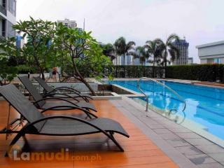 Bright and lovely flat, Great Location @BGC, Taguig City