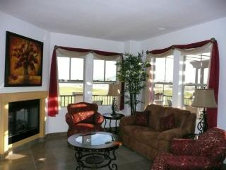 Condo 32-3 Large Golf Side Paradise