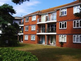 Flat 4 Sandhaven Court (B135), Bournemouth