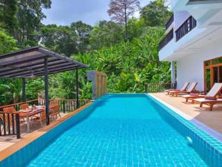 Patong Hill Estate 7 Bedroom sleeps up to 16 adult