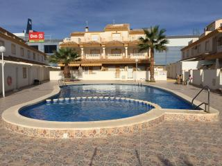 Gorgeous Los Flamencos Villa with superb pool!!, Los Alcazares