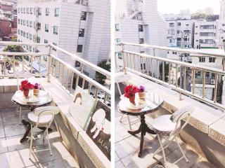 Terrace+Myeongdong+Center+Queen beds+3min stn, Séoul