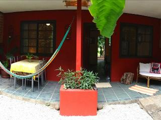 Casa Camaleon 3- Two Bedroom Beach Cabina, Playa Grande