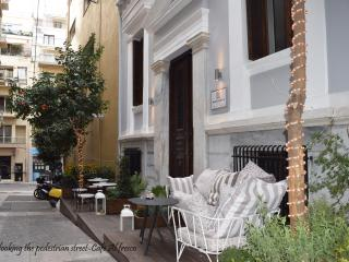 Kolonaki area Central and Safe 1BD near Metro, Athens