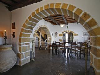Villa Thea a charming traditional stownbuilt villa