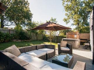 Nashville House with Hot Tub and BBQ-Ready Outdoor Area