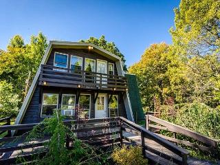 OVR's Vineyard Chalet- Located directly across from Christian Klay Winery!, Chalk Hill