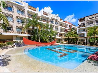 SPACIOUS APARTMENT + GROUND FLOOR + GYM + AMAZING POOL + JACUZZI +GAMES AREA
