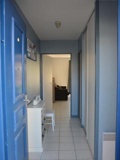 couloir accès chambre du salon