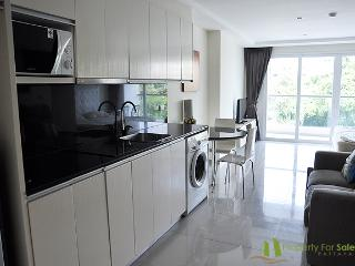 Nova Ocean View Condo For Rent, Pattaya