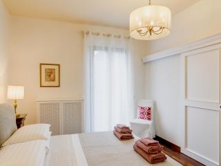Mecenatesuite 69  stylish apartment in Villa
