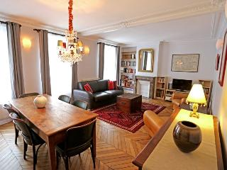 Apartment Balmain holiday vacation large apartment rental france, paris, latin