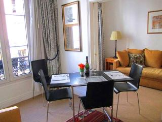 Apartment Rambuteau Flat rental 4th arrondissement - Paris,apartment in central