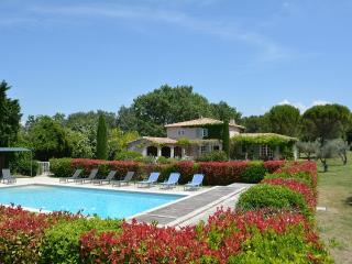 Mas Eygalieres Villa in Provence, St. Remy villa, holiday rental in St. Remy