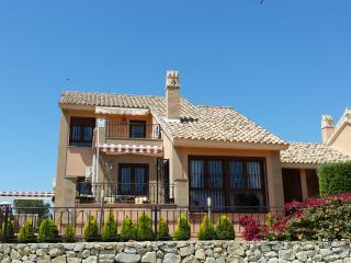 Villa en La Finca Golf Resort, wifi, aire acondicionado, piscina, Algorfa