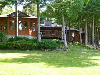 Executive Multi-Family Cottage, Kawartha Lakes