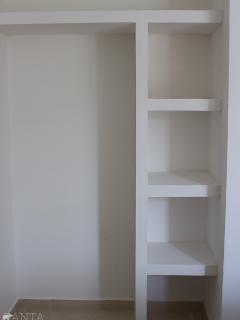 Amplios closets