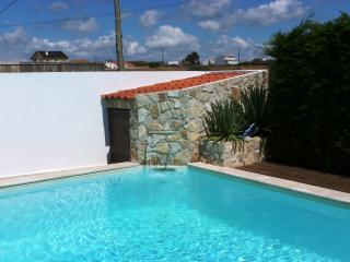 Silvercoast Apartments - Tulip - Swimming pool and jacuzzi