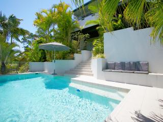 Peregian Holiday House Private Resort Pet Friendly
