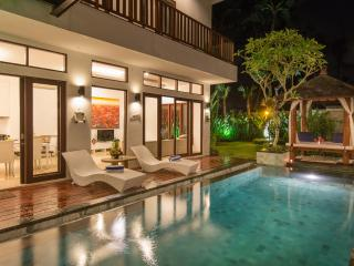 Canggu Club 3 bedrooms  - Villa Club Corner